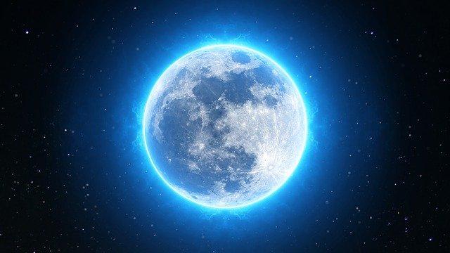 月球表面发现水